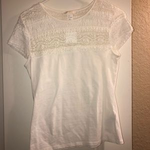 NEVER WORN super cute white lacy tee